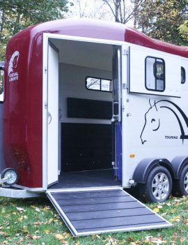 CHEVAL LIBERTE GOLD TOURING – HORSE FLOAT – FRONT UNLOADING RAMP